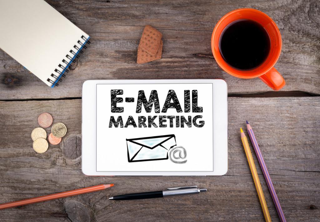 Může e-mail marketing pomáhat obchodu?